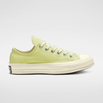 chuck 70 carnival lights low top