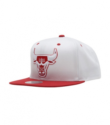 chicago bulls wool snapback
